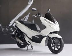 Honda PCX 150 Rakitan Indonesia Resmi Tantang NMax