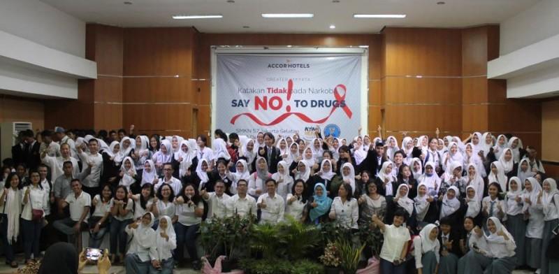 AccorHotels Gelar Penyuluhan Bahaya Narkoba dan Pemberian Imunisasi