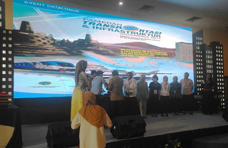 Apresiasi Bagi Peserta Pameran Transportasi dan Infrastruktur Indonesia 2017