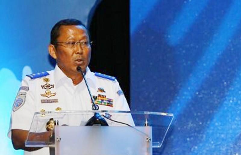 KEMENHUB BERIKAN PENGHARGAAN WAHANA ADHIGANA TAHAP III 2017 BAGI ANGKUTAN UMUM